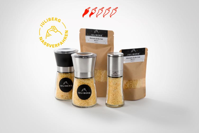Meersalz mit Bio Chili 3 - Design-, Black- & Steel Premium Mühlen, Nachfüllpackungen Medium & XL