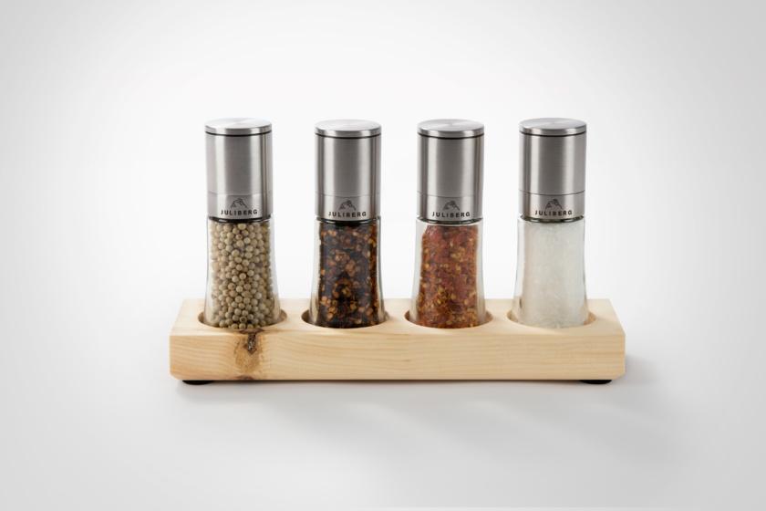 BBQ Purist 4 - Design Premium Mühlen - JULIBERG - weißer Bio Pfeffer, Chipotle Bio Chiliflocken, Birds Eye Bio Chiliflocken, Meersalz Natur unjodiert